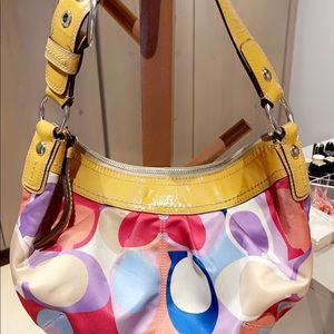 Original bag from Coach. Very gently used